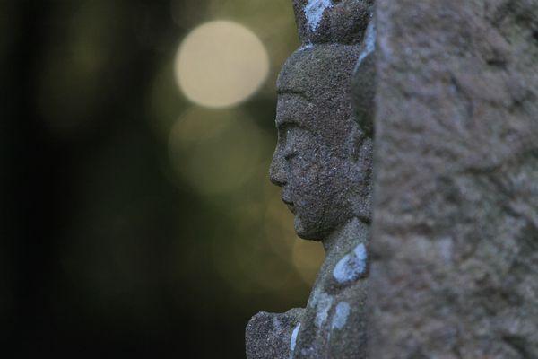 マリ・須弥寺・夕陽と石仏