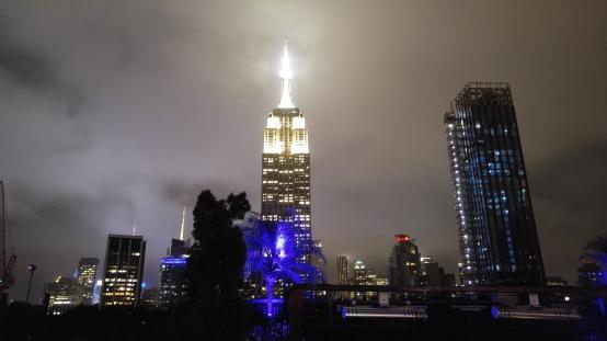 ニューヨーク 夜景 ルーフトップ