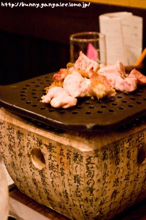 朝挽き鶏の炭火焼