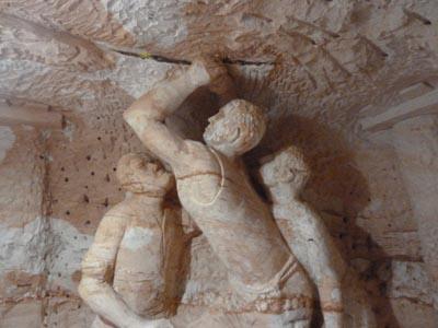 彫刻、オパール採掘する人