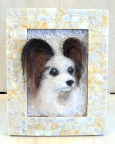 羊毛フェルト犬