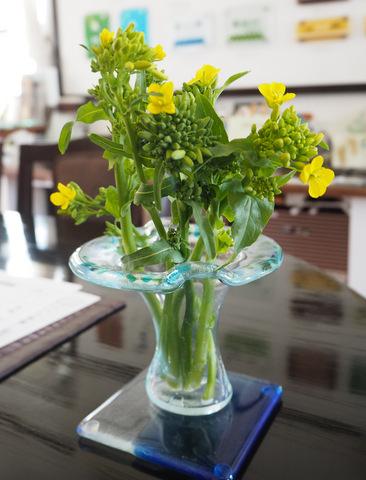 ガラスの花瓶とコースター