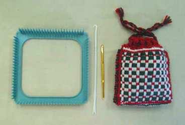 フレーム織りの道具