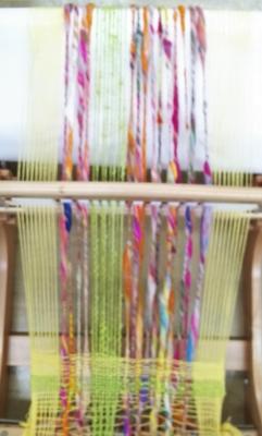 DSC_0920 手紡ぎと手織り(メイプル)1.jpg