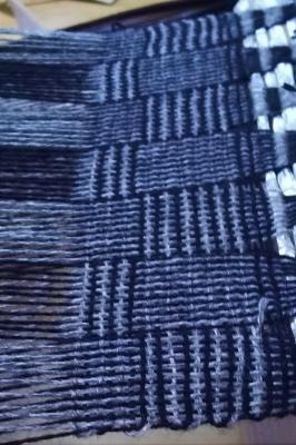ログキャビンDSC_1221 ヤク紡績糸.jpg