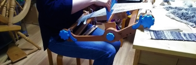 DSC_1438  紡いだ糸を織る.jpg