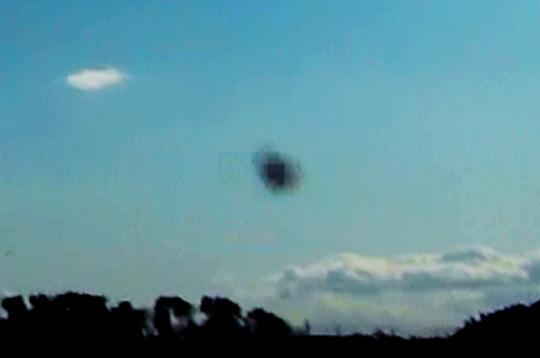 バシャール宇宙船3 館林市 多々良沼にて撮影 2012-1-2