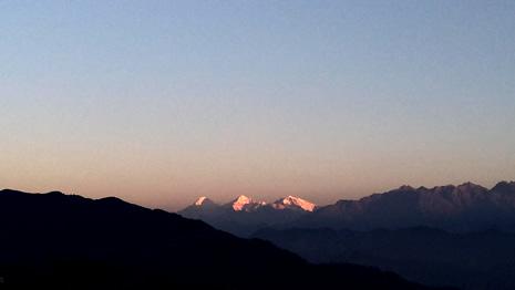 ガネーシュヒマールの山々 ヒマラヤンジェムス、ネパール