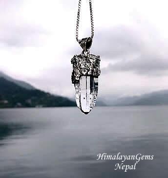 ガネーシュヒマール産 ヒマラヤ水晶ペンダントトップ