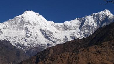 ネパール ガネーシュヒマール 村景色