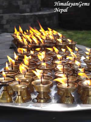 ネパール バターランプ