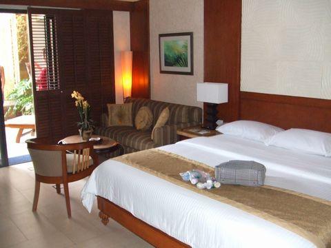 フィリピン ボラカイ島 旅行  ホテル