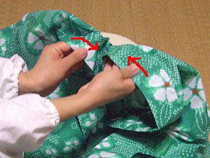 浴衣を自分でお洗濯(4) 〜本だたみで収納〜10