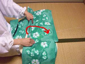 浴衣を自分でお洗濯(4) 〜本だたみで収納〜14