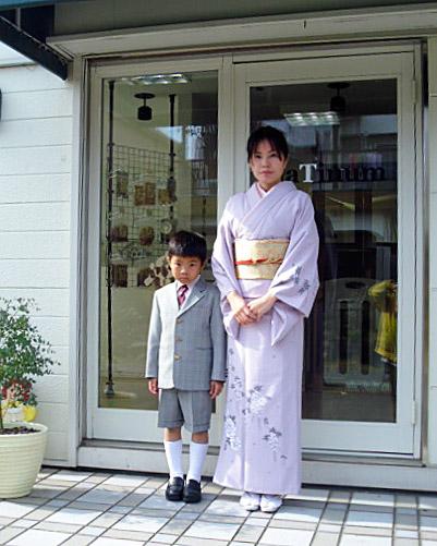 平井さん、息子さんの入学式へ付け下げで付き添いされました♪