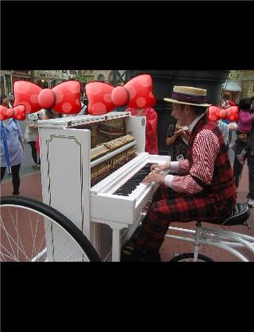 ピアノのおじさま。