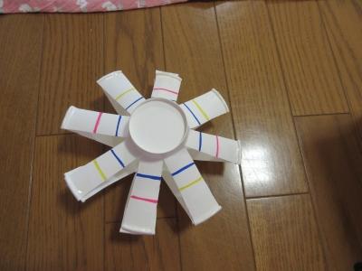 おもちゃ 紙 コップ