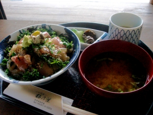 須佐の漁師のまかない丼