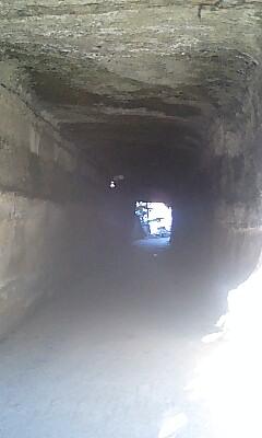 ぶっそうなトンネル