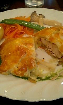 鶏肉のパイ包み