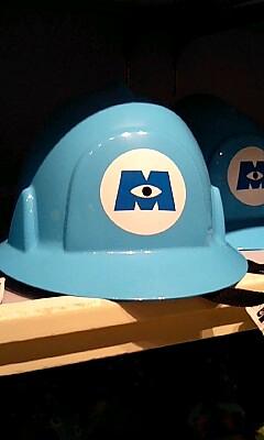 モンスターズインク社のヘルメット