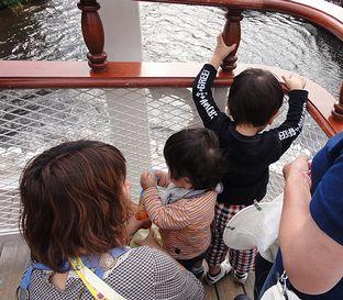 船の船尾のシャバシャバに興味あり