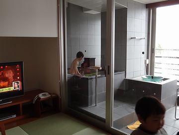 再び部屋風呂