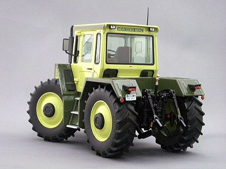 Wiese-toys_MB-trac 1600_02
