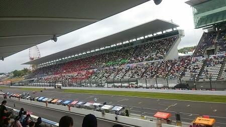 レース前イベント
