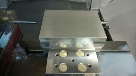 製作ジグ使用第二工程