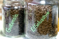 珈琲豆の瓶