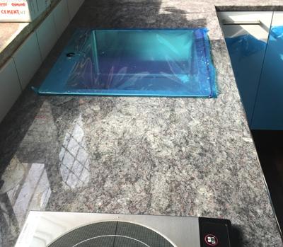 御影石のキッチン天板