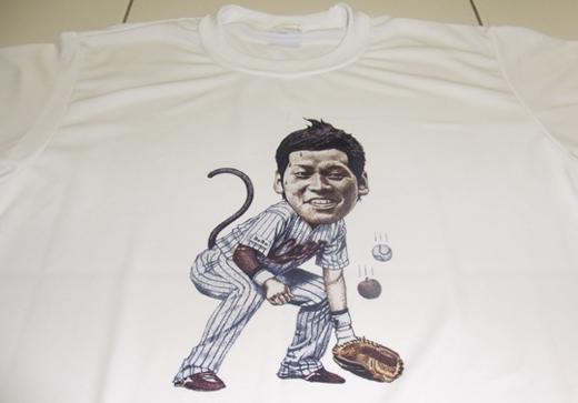 小窪哲也Tシャツ002.JPG