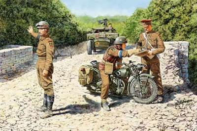 1/35 英・トライアンフ オートバイ3HW型+英兵3体&バイク2台【ブロンコ35035】
