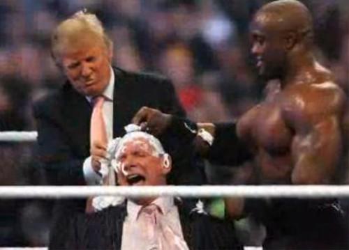 WWEの噂・裏技・裏話_髪を剃られるビンス・マクマホン
