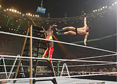 WWEの噂・裏技・裏話_マネー・イン・ザ・バンク・ラダー・マッチ2010