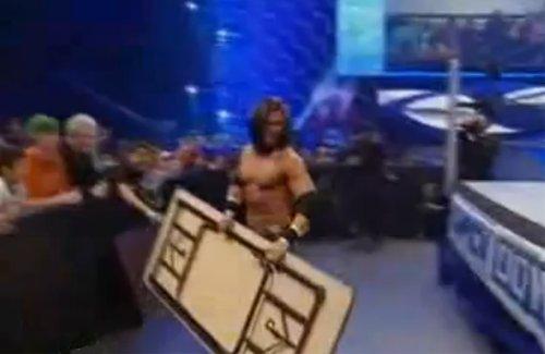 WWEの噂・裏技・裏話_テーブル・マッチ