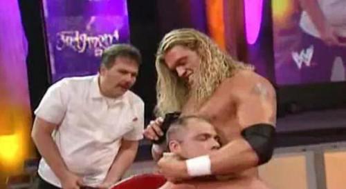 WWEの噂・裏技・裏話_エッジ対カート・アングル髪切りマッチ2