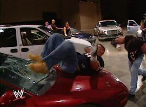 WWEの噂・裏技・裏話_駐車場ブロール戦