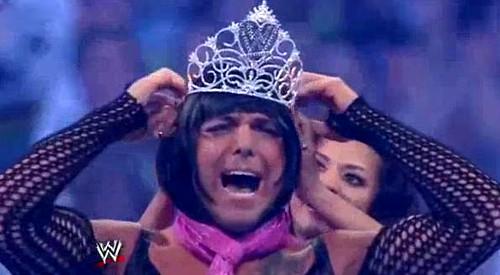 WWEの噂・裏技・裏話_女装したサンティーノ・マレラ