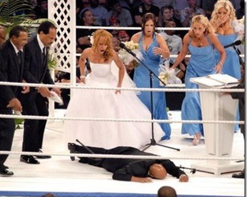 WWEの噂・裏技・裏話_セオドア・ロングとクリスタル・マーシャルの結婚式