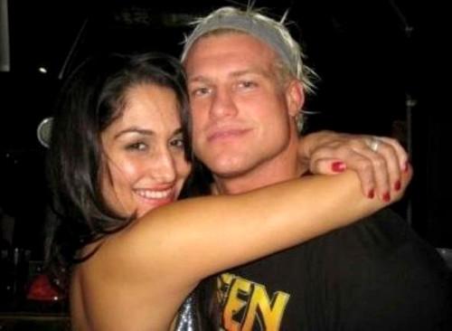 WWEの噂・裏技・裏話_交際していたドルフ・ジグラーとニッキー・ベラ