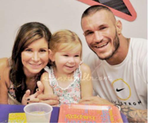 WWEの噂・裏技・裏話_ランディ・オートンの家族