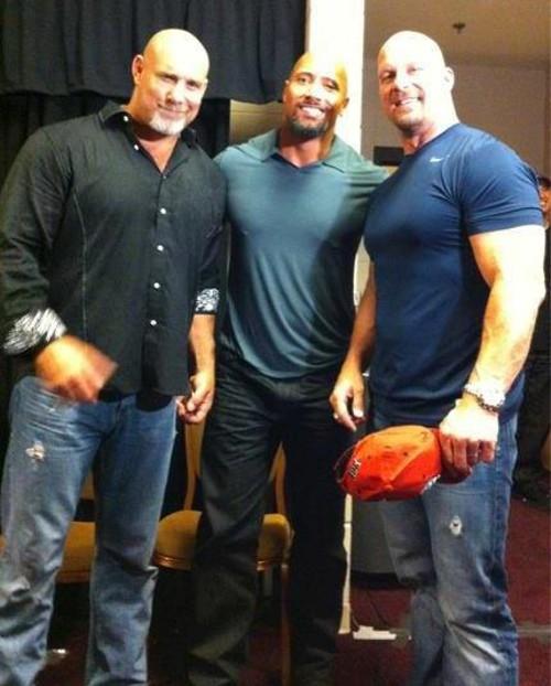WWEの噂・裏技・裏話_笑顔のザ・ロックとストーンコールド・スティーブ・オースチン