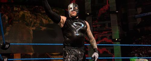 WWEの噂・裏技・裏話_ミステリオはデビュー当時ハチドリと呼ばれていた