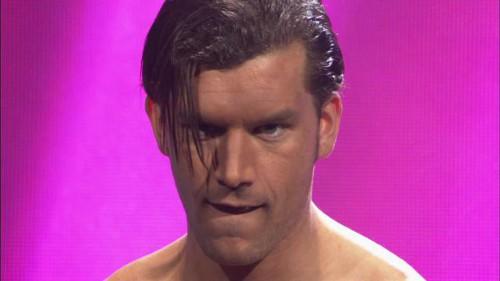 WWEの噂・裏技・裏話_ファンダンゴはプロレスラーになる前モデルをしていた