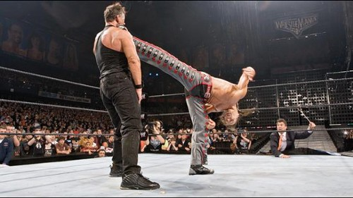 WWEの噂・裏技・裏話_ビンス・マクマホンはレッスルマニア22で年間最高試合に選ばれた