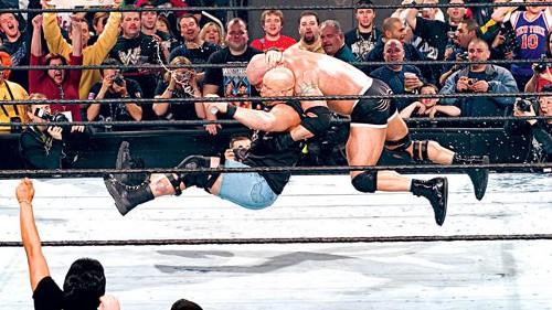 WWEの噂・裏技・裏話_ストーンコールドがレッスルマニア30で試合復帰