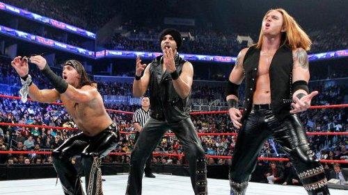 WWEの噂・裏技・裏話_日本人唯一のWWEスーパースター・ヨシタツが解雇!WWEが10名の解雇を発表
