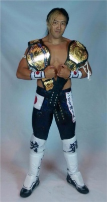 WWEの噂・裏技・裏話_WWEの噂・裏技・裏話_ヨシタツがチャンピオン二冠